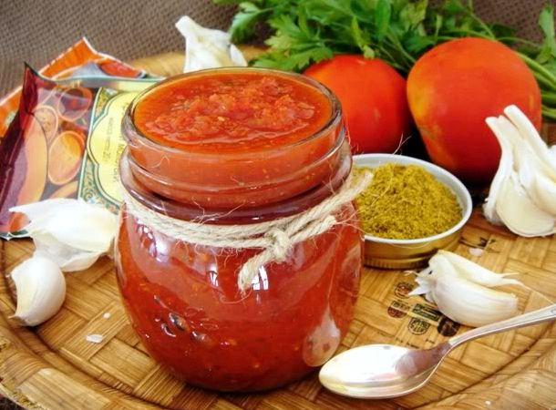 Аджика из помидор и чеснока на зиму простой рецепт