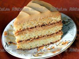 biskvitnyj-tort-s-varenoj-sgushhenkoj-recept-s_1.jpg