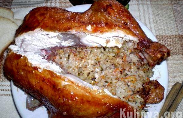Курица в духовке целиком фаршированная гречкой с фото