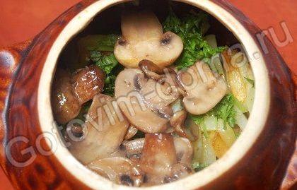 Картошка с мясом в горшочках в духовке рецепт с фото с сыром