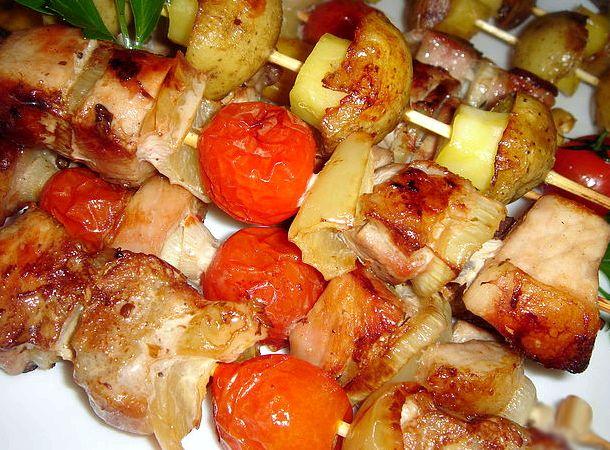 Куриный шашлык в духовке рецепт на шпажках