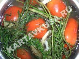 malosolnye-ogurcy-i-pomidory-recept-bystrogo_1.jpg