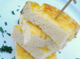 omlet-pyshnyj-na-skovorode-s-molokom-recept-s-foto-2_1.jpg