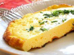 omlet-pyshnyj-na-skovorode-s-molokom-recept-s-foto_1.jpeg