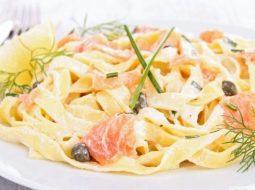 pasta-s-ryboj-v-slivochnom-souse-recept-s-foto_1.jpg