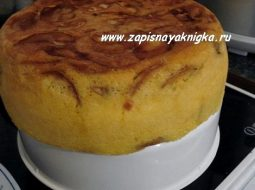 pirog-s-jablokami-recept-sharlotka-v-multivarke_1.jpg