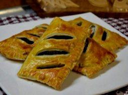pirozhki-s-shhavelem-recept-s-foto-v-duhovke_1.jpg