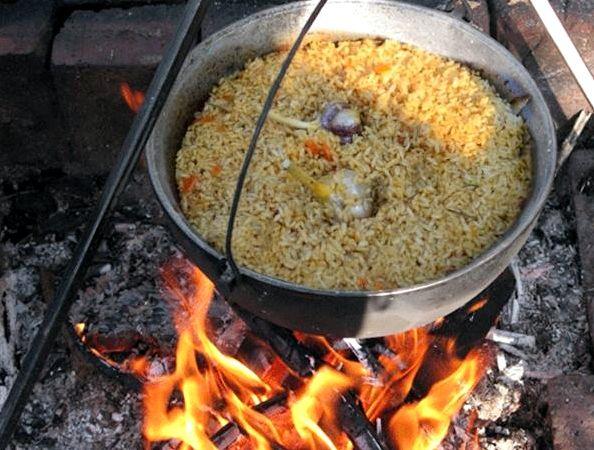 Можно варить соленое сало в луковой шелухе