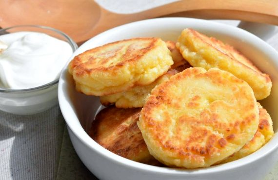 Сырники из творога рецепт классические на сковороде пошагово