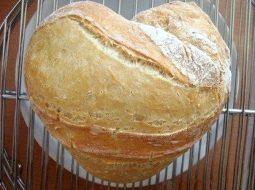 recept-vkusnogo-hleba-v-duhovke-na-suhih-drozhzhah_1.jpg