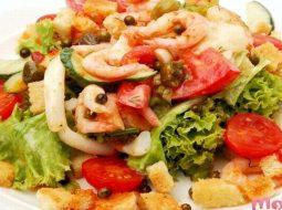 salat-iz-krevetok-i-kalmarov-recept-i-foto_1.jpg