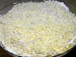 salat-mimoza-recept-s-foto-so-slivochnym-maslom_1.jpeg
