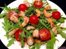 salat-s-korolevskimi-krevetkami-recept-s-foto_1.jpg
