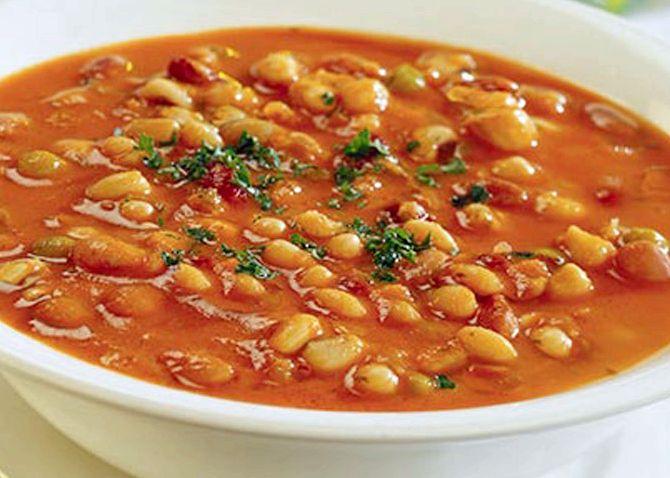 Фасолевый суп из белой фасоли с мясом и