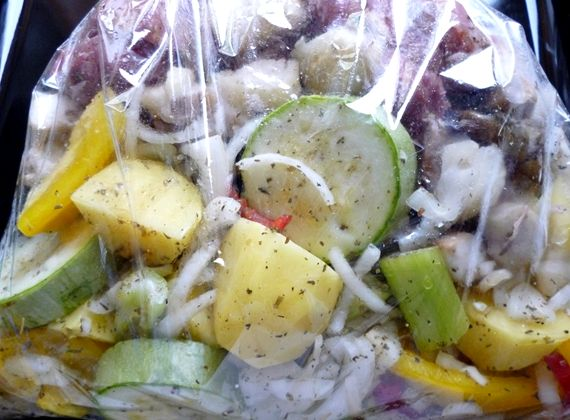 свинина с овощами в пакете для запекания в духовке