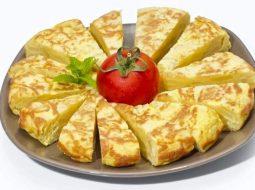 vkusnyj-omlet-na-skovorode-recept-s-foto_1.jpg