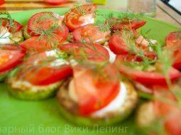 zharenye-kabachki-s-chesnokom-i-pomidorami-recept_1.jpeg