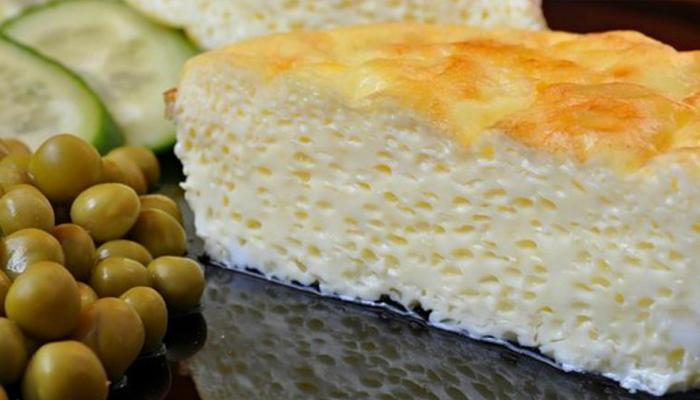 Омлет пышный на сковороде с молоком рецепт с фото пошагово