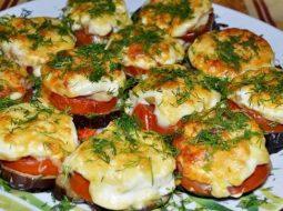 baklazhany-s-pomidorami-i-s-syrom-v-duhovke-recept_1.jpg