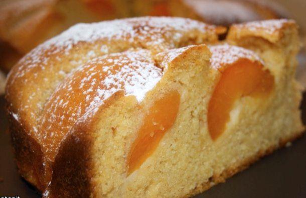Бисквитный пирог с абрикосами рецепт с фото