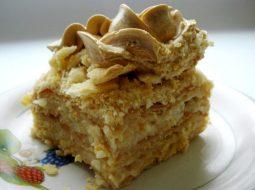 bystryj-tort-napoleon-iz-sloenogo-testa-so_1.jpg