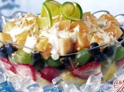kak-prigotovit-fruktovyj-salat-recept-s-jogurtom_1.jpg