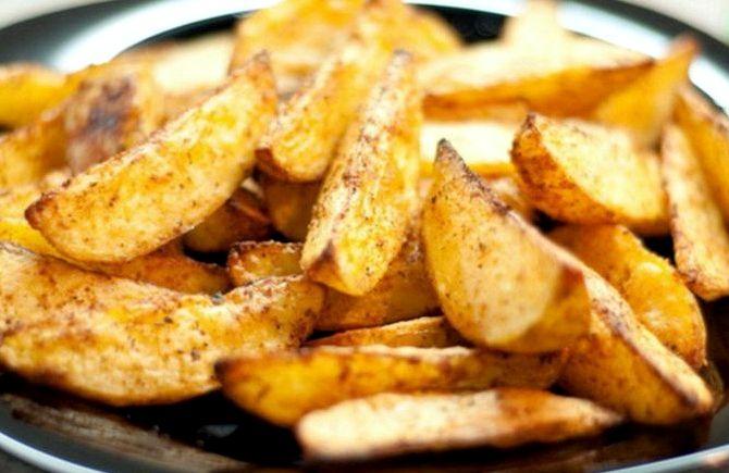 Картофель по деревенски на сковороде рецепт