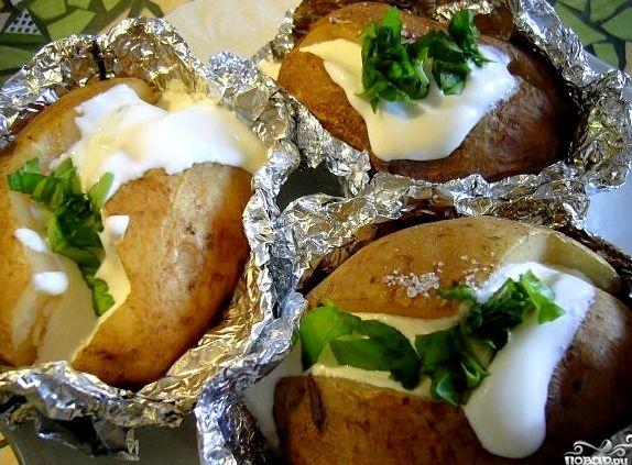 Картофель запеченный в рукаве в духовке рецепт с фото