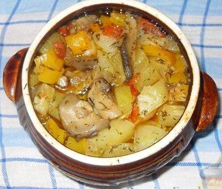 Картошка с фаршем в горшочках в духовке рецепт