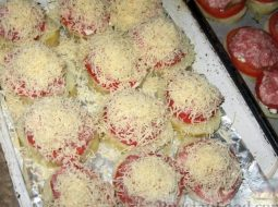kartoshka-s-mjasom-s-pomidorami-v-duhovke-recept-s_1.jpg