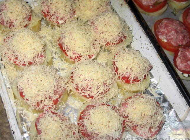 Картошка с мясом с помидорами в духовке рецепт с фото