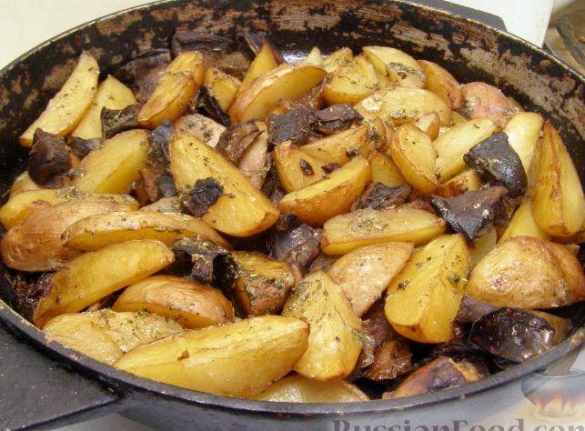 Картошка с шампиньонами на сковороде рецепт с фото