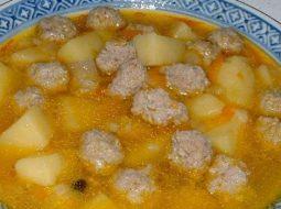 klassicheskij-sup-s-frikadelkami-recept_1.jpg