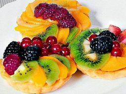 korzinochki-s-fruktami-i-zhele-recept-s-foto_1.jpg