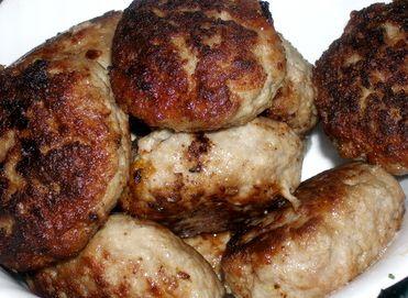 Котлеты из говяжьего и свиного фарша рецепт с фото