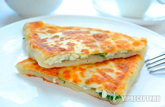 Лепешки с творогом и зеленью рецепт с фото