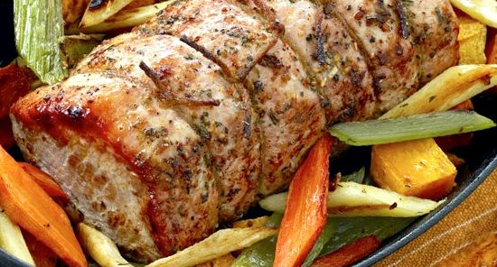 Мясо в духовке рецепт с фото из свинины на праздничный стол