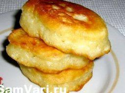 oladi-na-vode-i-na-drozhzhah-recept-s-foto_1.jpg