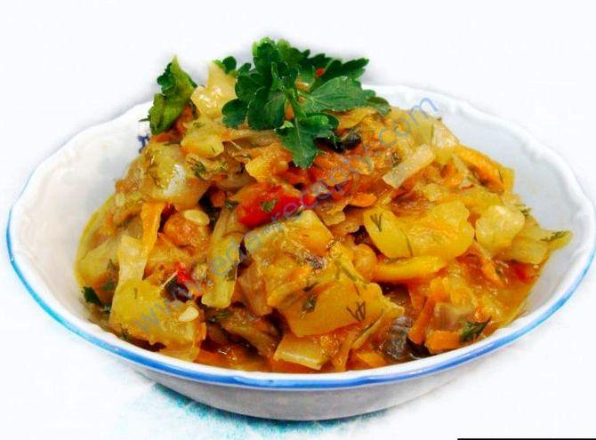 Овощное рагу с капустой и кабачками рецепт с фото