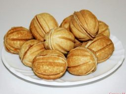 pechene-oreshki-s-sgushhenkoj-recept-s-foto_1.jpg