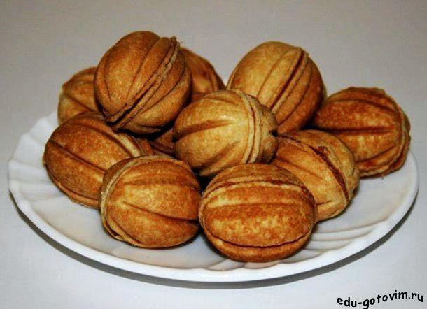 Печенье орешки с вареной сгущенкой рецепт