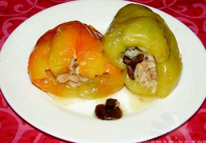 Перец фаршированный мясом и рисом в мультиварке рецепт