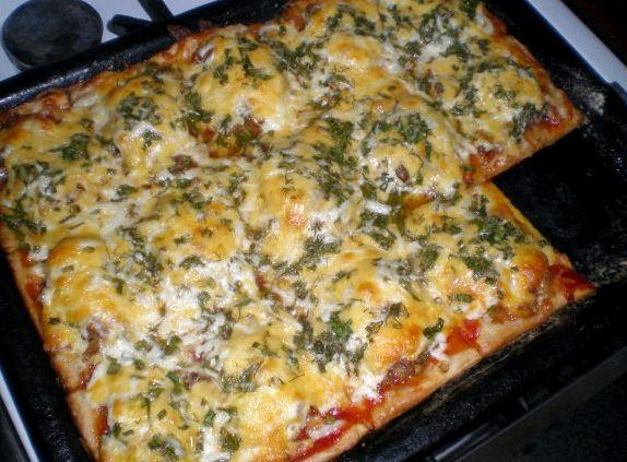 Пицца в домашних условиях из готового теста рецепт с фото в духовке
