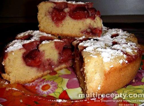 Пирог из клубники рецепт с фото в мультиварке