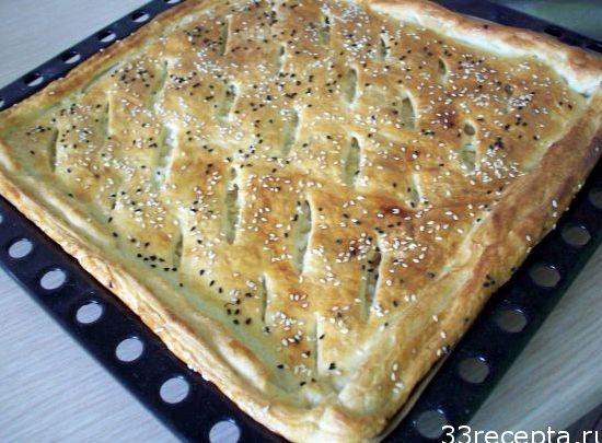 Пирог с капустой в духовке рецепт с фото из слоеного теста фото