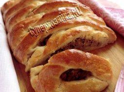 Пирог с мясом из дрожжевого теста в духовке пошаговый рецепт с фото