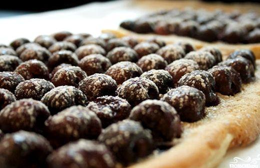 Пирог с вишней из слоеного теста рецепт пошагово с фото