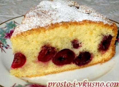 Пирог с вишней свежей рецепт с фото пошагово