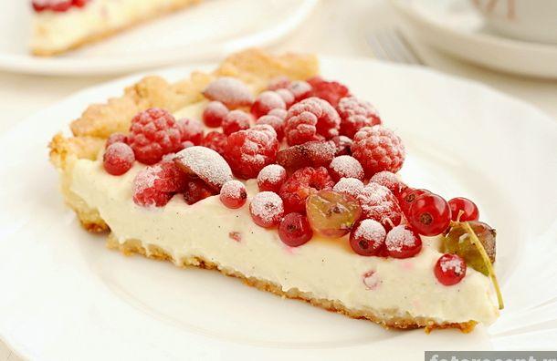 Пирог со свежими ягодами простой рецепт