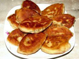 pirozhki-zharenye-na-skovorode-s-jablokami-recept_1.jpg